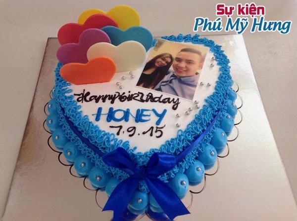 Bánh sinh nhật in hình Honey tặng vợ