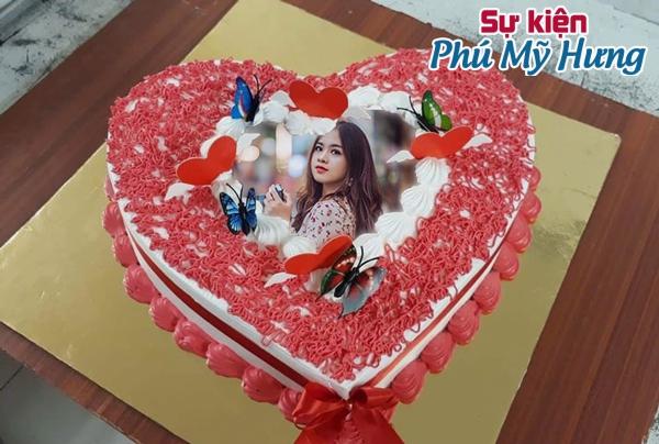 Mẫu bánh sinh nhật in hình trái tim đẹp