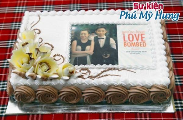 Mẫu bánh sinh nhật in hình cho cặp vợ chồng